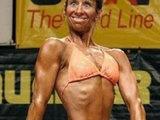 Lächeln beim Bodybuilding