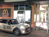 Burger King isst bei McDonalds