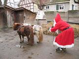 Was tut der Weihnachtsmann im Sommer?